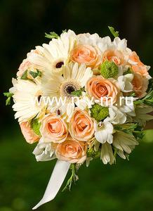 Свадебный букет № 78  Букет из роз, гербер, фрезияёэустома, ножка или портбукетница.  Доставка букет