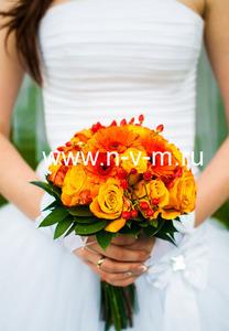 Свадебный букет № 82 Букет из роз, гербер,ярко оранжевого цвета, ножка или портбукетница. Доставка б