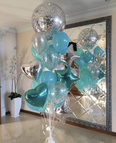 шар гигант с голубыми и бирюзовыми шариками