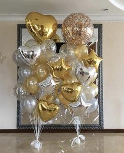 шыры гиганты с белыми  и золотыми шариками