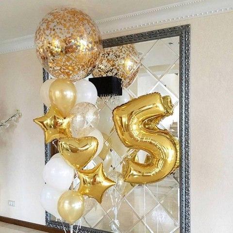 шар гигант с золотым конфетти и золотой цифрой