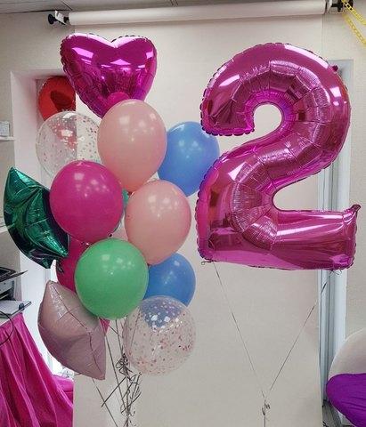розовая двоечка и  букет шаров