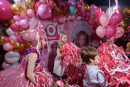 розовая дискотека 4