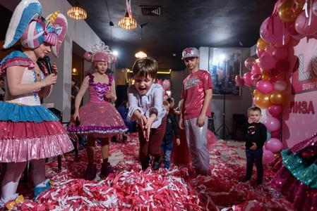 розовая дискотека 8