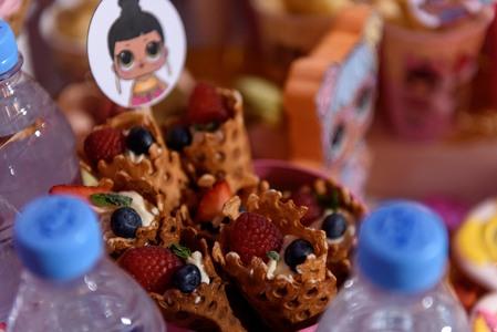 трубочки с ягодами 2