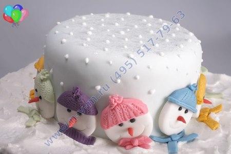 торт со снеговиком