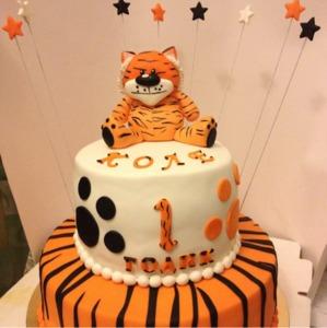 торт на год с тигренком