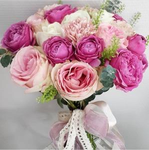 Телефона доставки свадебные букеты из маленьких розовых розочек невесты только розы