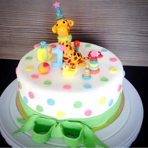 Детский торт с жирафом
