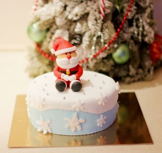 торт на новый год москва