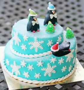 торт с пингвинами на новый год