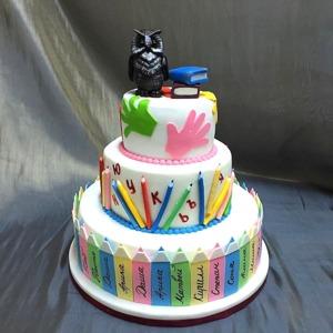 многоярусный торт на выпускной